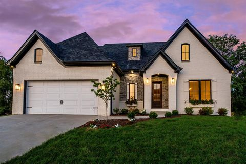 Photo of 1660 Villa Medici Pass, Lexington, KY 40509