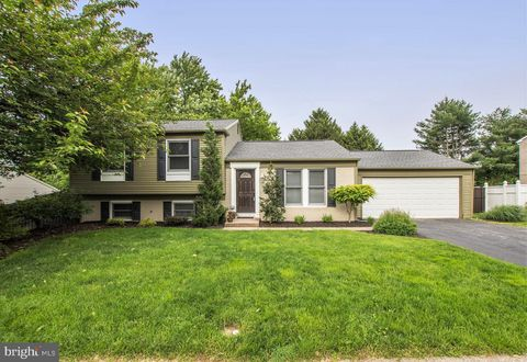 Photo of 3506 Countryside Ln, Camp Hill, PA 17011