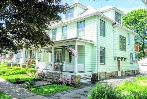 97 Rosedale St, Rochester, NY 14620