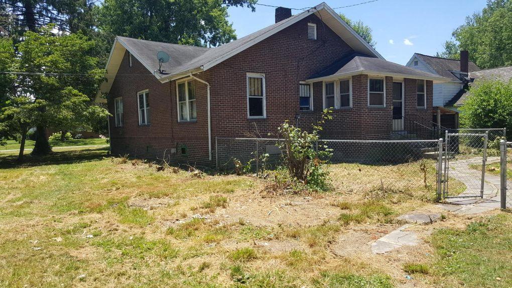 802 Gloucester Ave, Middlesboro, KY 40965