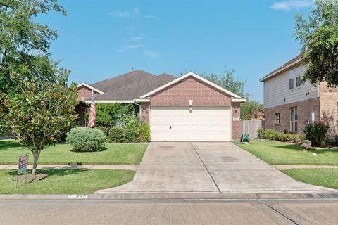 Photo of 547 Cedar Branch Dr, League City, TX 77573