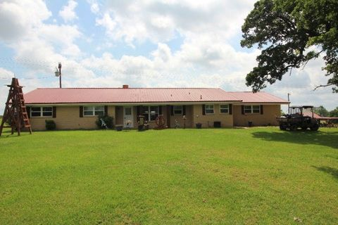18254 Acounty Rd # 404, Cayuga, TX 75803