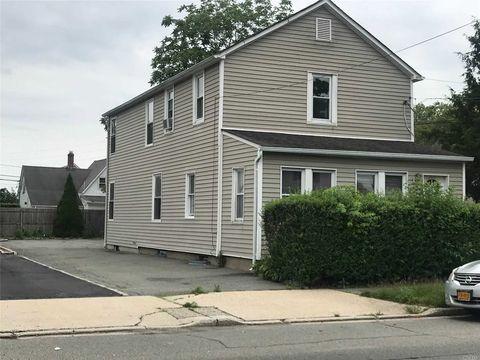 Photo of 178 Park Ave Unit 2, Hicksville, NY 11801