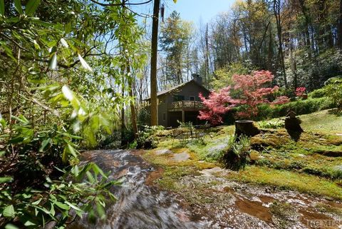 Photo of 10195 Dillard Rd, Scaly Mountain, NC 28775