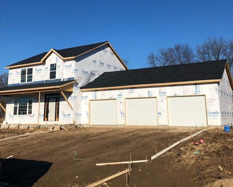 Photo of 57676 Amber Valley Dr, Elkhart, IN 46517