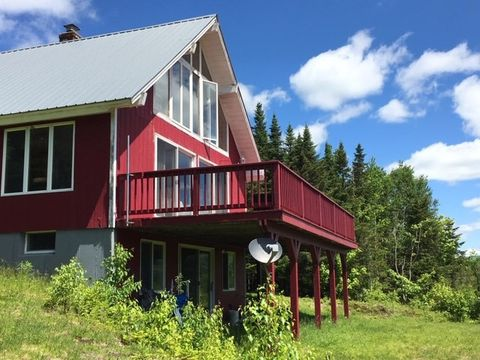 Photo of 220 Blakely Farm Rd, Colebrook, NH 03576