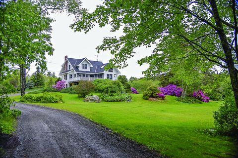 Photo of 671 Pleasant Point Rd, Cushing, ME 04563