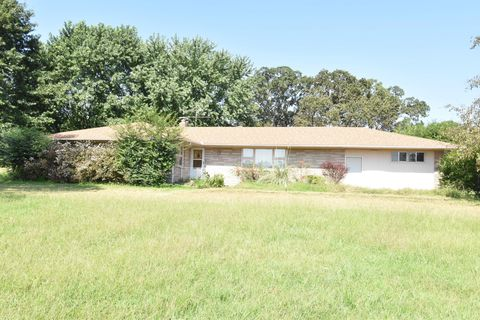 Photo of 21611 State Highway 37, Cassville, MO 65625