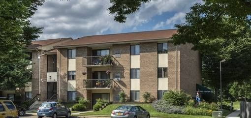 10 Dodworth Ct Apt 104, Lutherville Timonium, MD 21093