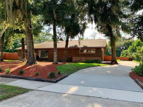 8402 Lake Bosse Dr, Orlando, FL 32810