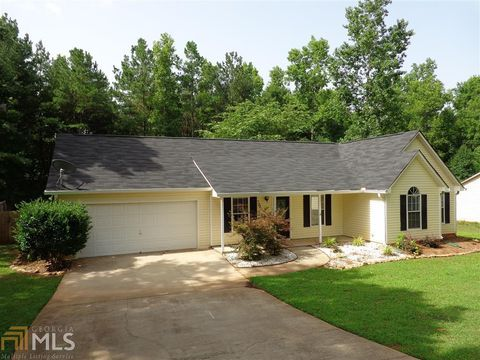 Photo of 130 Saddlebrook Way, Senoia, GA 30276