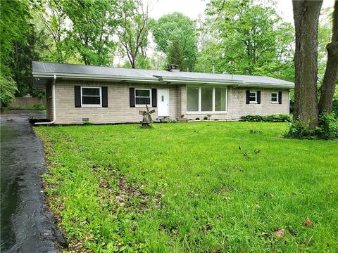 Photo of 4816 E 64th St, Indianapolis, IN 46220