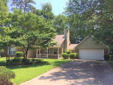 Photo of 1205 Panola Cir, Warner Robins, GA 31088