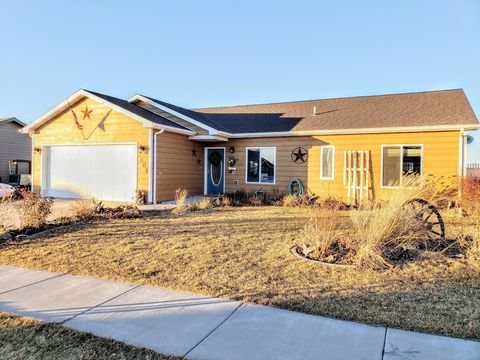 Photo of 1505 28th Ave S, Great Falls, MT 59405