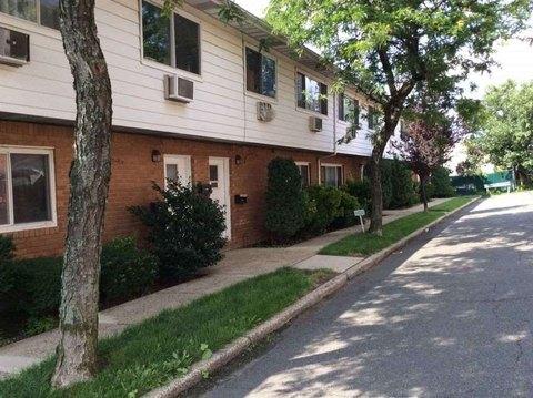 1451A 68th St, North Bergen, NJ 07047