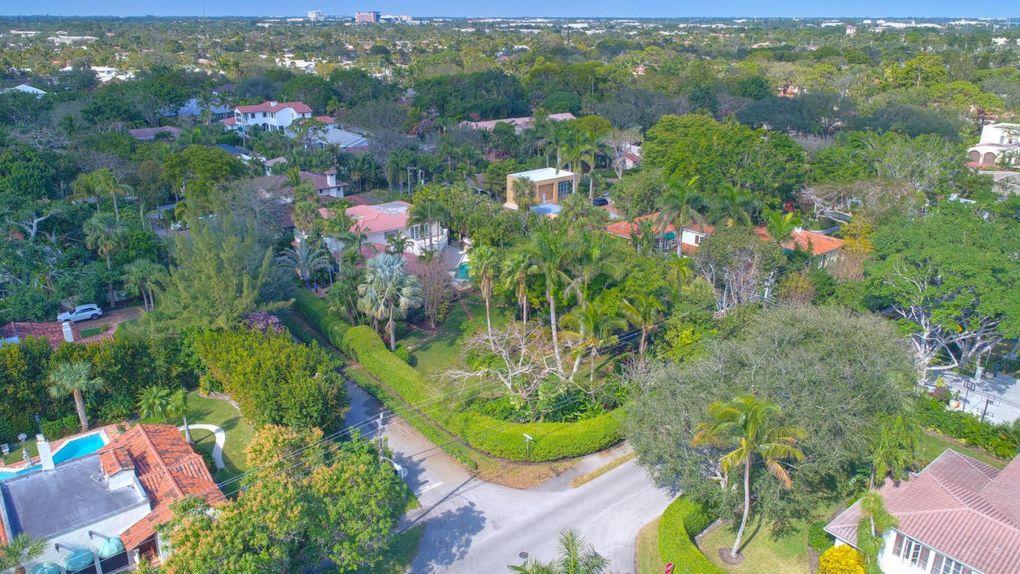 801 Oleander St, Boca Raton, FL 33486
