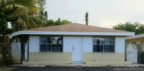 Fort Lauderdale, FL Multi-Family Homes for Sale & Real