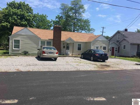 Photo of 105 S 14th St, Murray, KY 42071