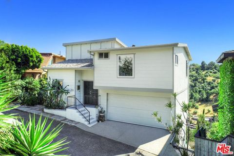 Exceptionnel Photo Of 918 Nordica Dr, Los Angeles, CA 90065