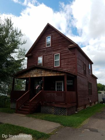 Photo of 2021 Banks Ave, Superior, WI 54880