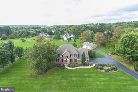 Photo of 4965 Gloucester Dr, Doylestown, PA 18902