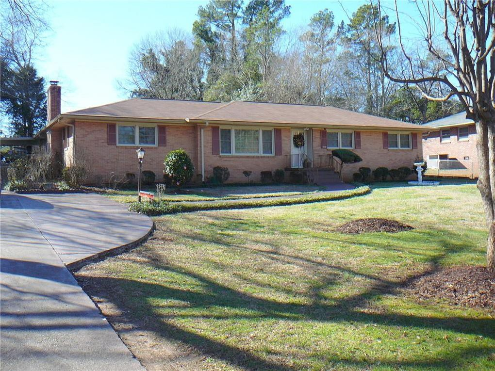 412 Brook Forest Dr Anderson, SC 29621