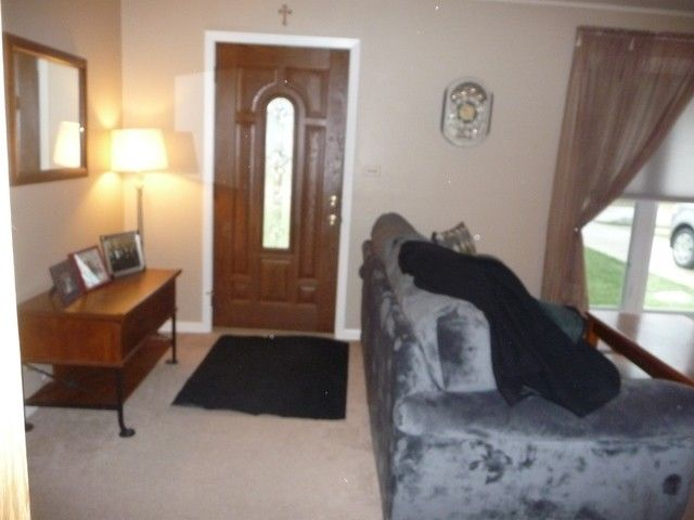 821 E Maple St, Lombard, IL 60148