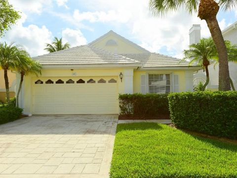 47 Windsor Ln, Palm Beach Gardens, FL 33418