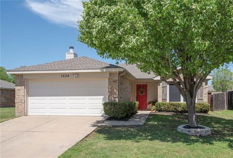 Photo of 1534 Knottingham Dr, Little Elm, TX 75068