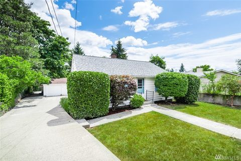 Photo of 13740 10th Ave Sw, Burien, WA 98166