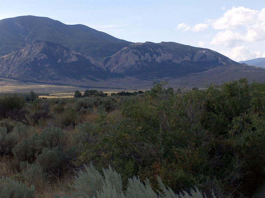 344 Grove Creek Rd Belfry, MT 59008
