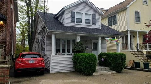Photo of 163 First St, Yonkers, NY 10704