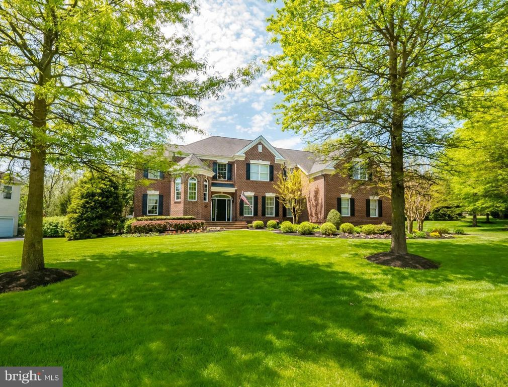 1299 Enoch Ct Yardley, PA 19067