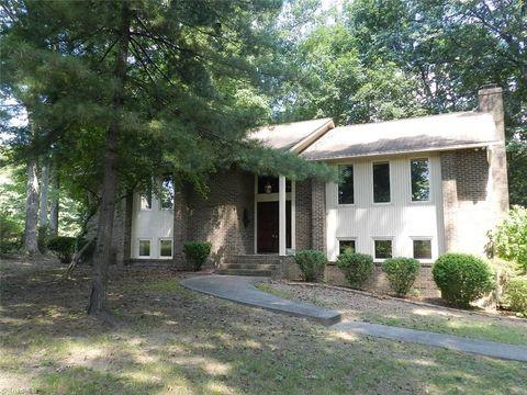 Photo of 2727 Pleasant Ridge Rd, Summerfield, NC 27358