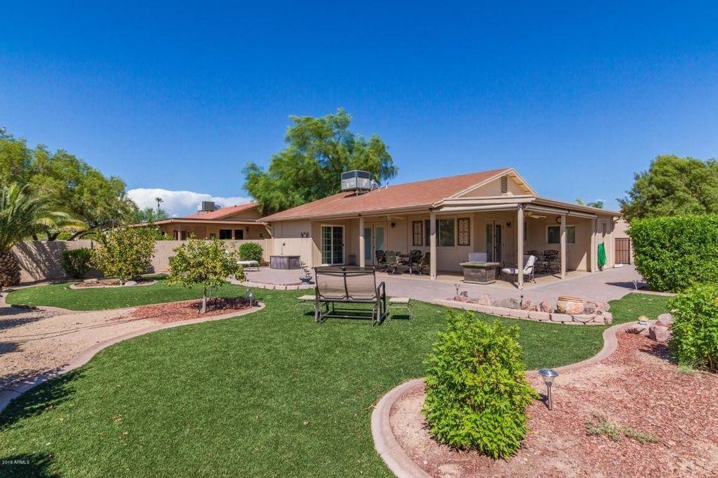 26206 S Boxwood Dr, Sun Lakes, AZ 85248