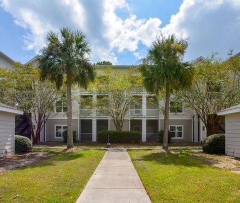 Photo of 1300 Park West Blvd Unit 512, Mount Pleasant, SC 29466