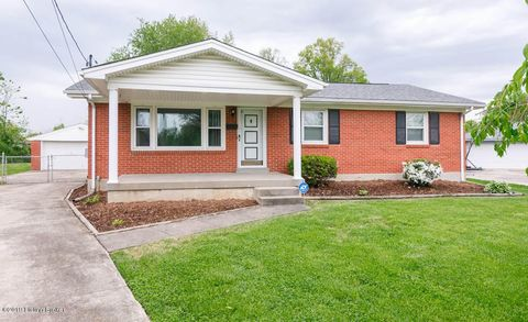 Photo of 4310 Topaz Ct, Louisville, KY 40216
