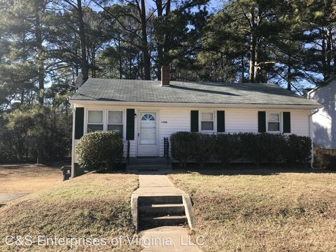 Photo of 1120 Goodes Ferry Rd, South Hill, VA 23970