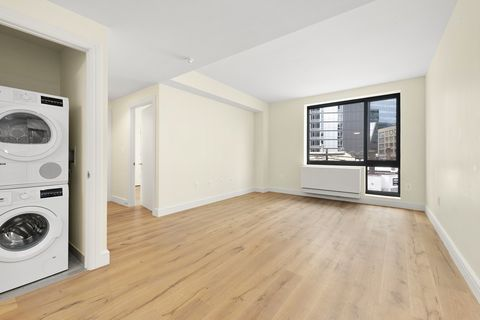 Photo of 25-21 43rd Ave Unit 206, Queens, NY 11101