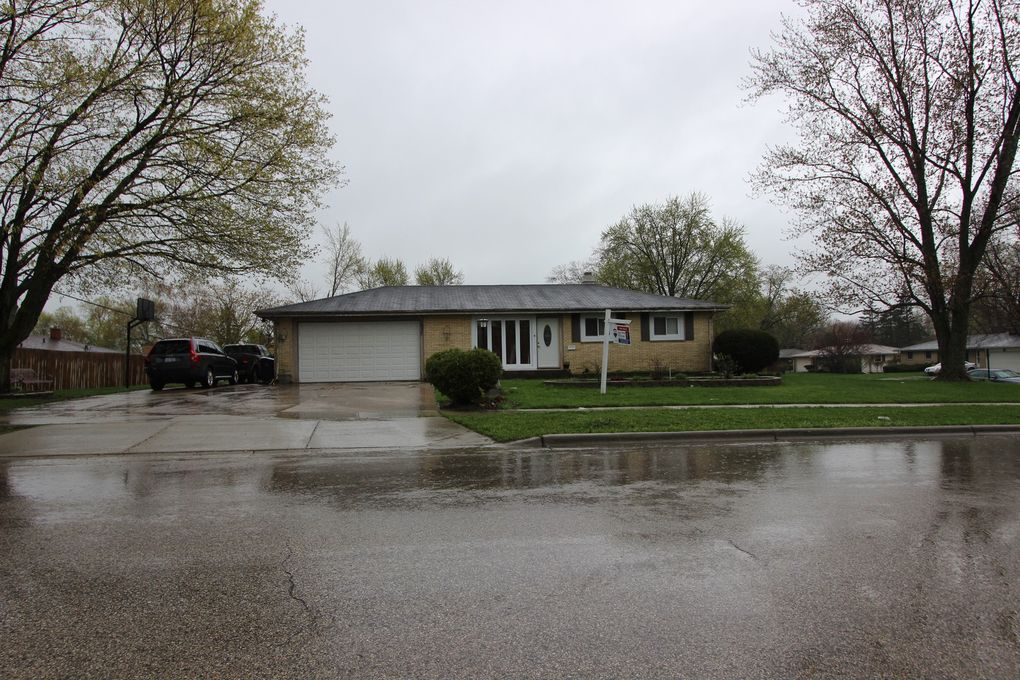 1537 Mildred Ave, Elgin, IL 60123