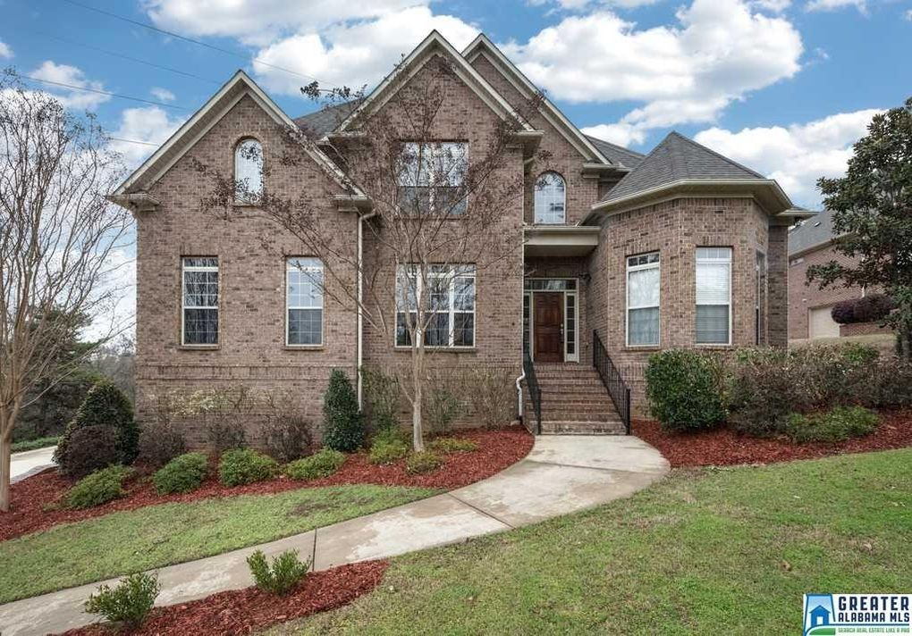 1035 Grand Oaks Dr, Hoover, AL 35022