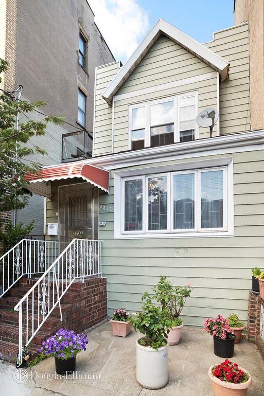 Living Room 86th Street Brooklyn Ny 2235 85th st, brooklyn, ny 11214 - realtor®