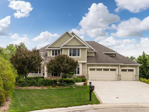 Photo of 2492 Salem Heights Ln Sw, Rochester, MN 55902