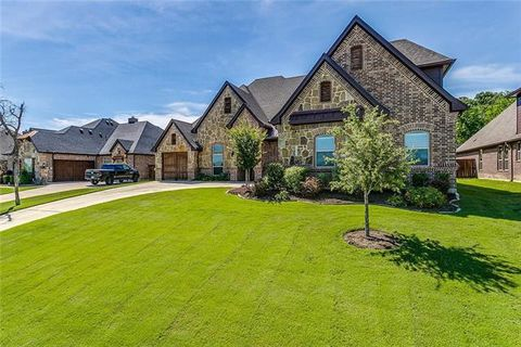 Photo of 329 Landview Dr, Burleson, TX 76028