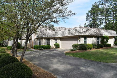 Photo of 402 E Love Forty Dr, Pinehurst, NC 28374