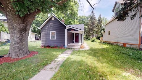 Photo of 637 N Oxford St, Indianapolis, IN 46201