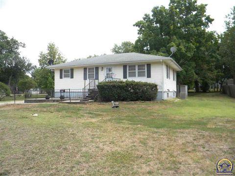131 E Dayton St, Burlingame, KS 66413