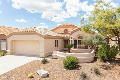 Photo of 14215 N Trade Winds Way, Oro Valley, AZ 85755
