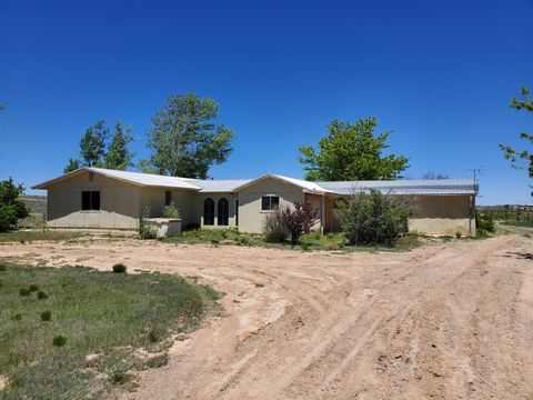 Photo of 71 Berrendo Rd, Moriarty, NM 87035