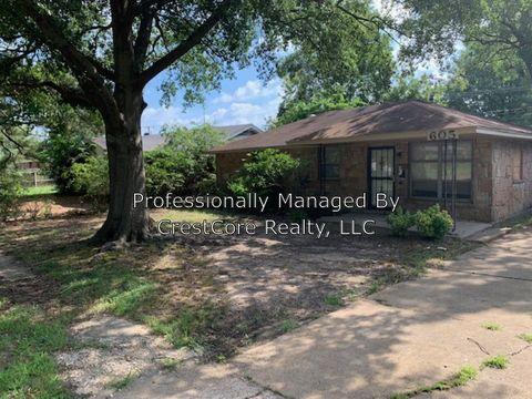 Photo of 605 N 28th St, West Memphis, AR 72301